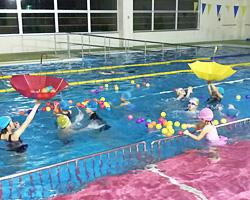 ウェルネス倶楽部水泳教室 クリスマスイベント
